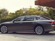 Lexus LS Exterior Image 1