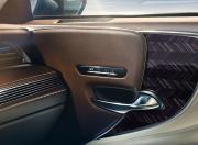 Lexus LS Interior Image 8