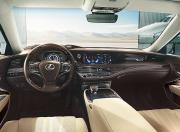 Lexus LS Interior Image 9