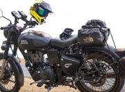 Royal Enfield Classic Stealth Black image 2