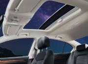 Volkswagen Passat Interior Image 3