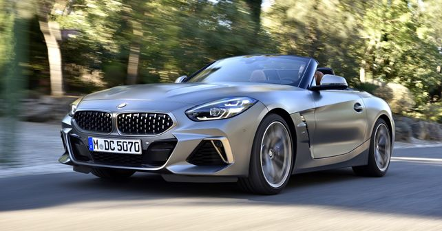 2019 BMW Z4 Front Quarter Dynamic
