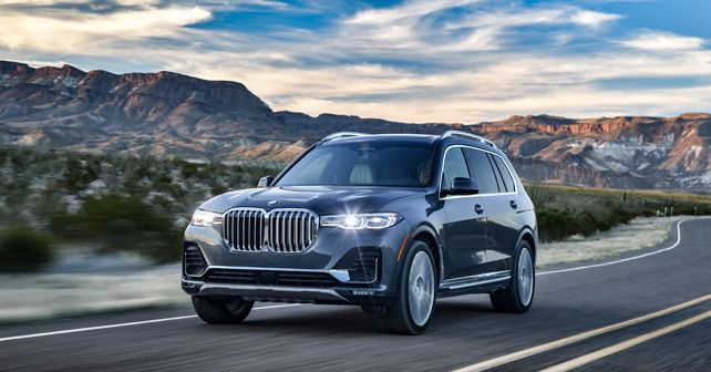 2019 Bmw X7 Front Three Quarter