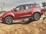 Isuzu MUX off road 2