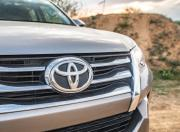 Toyota Fortuner grille