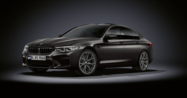 BMW M5 Edition 35 Years Static Front Quarter
