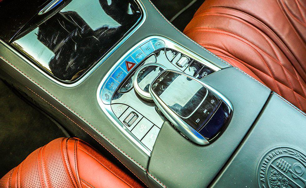 2019 BMW 8 Series Convertible vs. 2018 Mercedes-Benz AMG