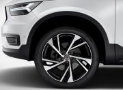 Volvo XC40 image Wheel Rims Tyres