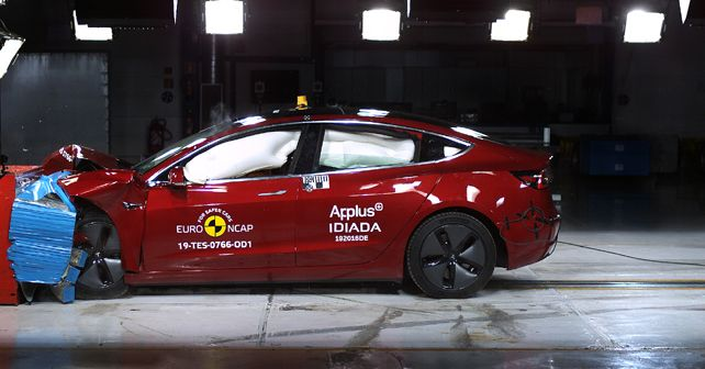 Tesla Model 3 Long Range RWD Euro NCAP Crash Test