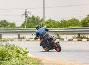 KTM 390 Duke handling