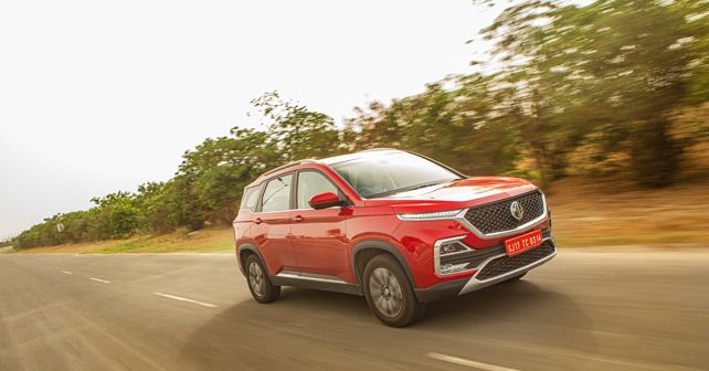 Mg Hector Front Three Quarter Action