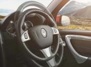 new duster interior image adjustable steering wheel1