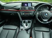 2018 BMW 3 Series interior1