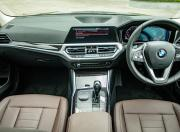 2019 BMW 3 Series interior1