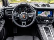Porsche Macan Image 2