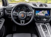 Porsche Macan Image 8