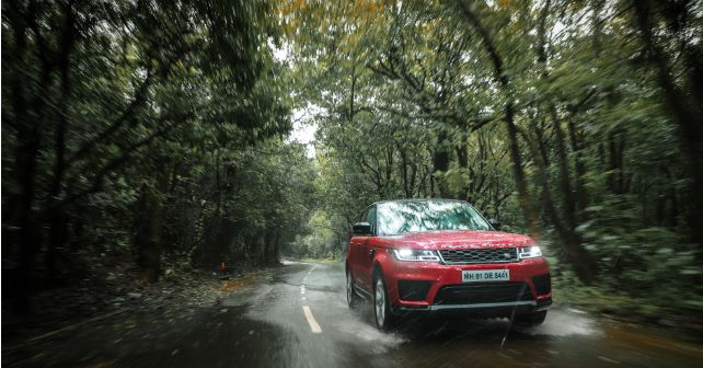 Land Rover Sport Action