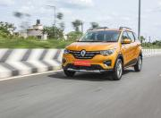 renault triber front three quarter action 1