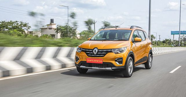 Renault Triber Front Three Quarter Action