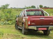 isuzu d max v cross z rear
