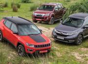 Jeep Compass Trailhawk vs Honda CR-V + Isuzu D-Max V-Cross - Photos