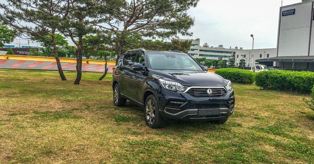 New Ssangyong Rexton Front Three Quarter