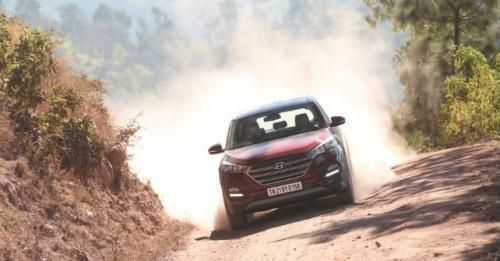 2016 Hyundai Tucson Front Action M