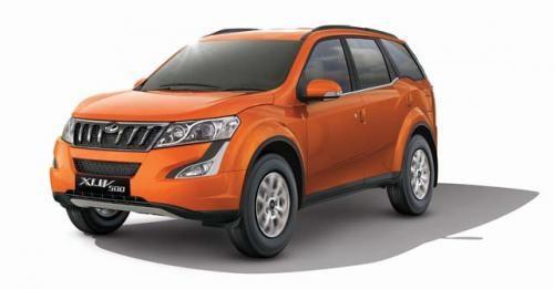 2017 Mahindra XUV500 Petrol