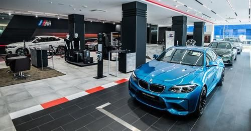 BMW M Performance Showroom Dealerships11