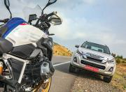 BMW R 1250 GS Pro and Isuzu D Max V Cross Close up