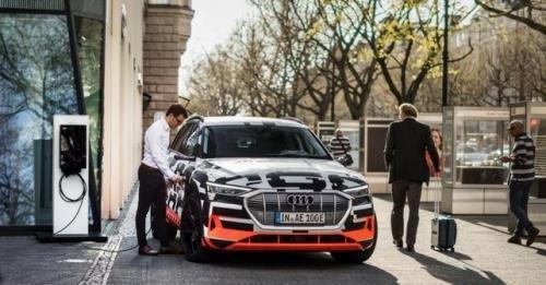 Audi Etron 1