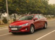 new hyundai elantra front three quarter dynamic