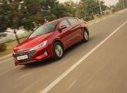 new hyundai elantra review