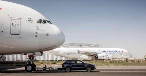 Porsche Cayenne Pulls Airbus A380 2