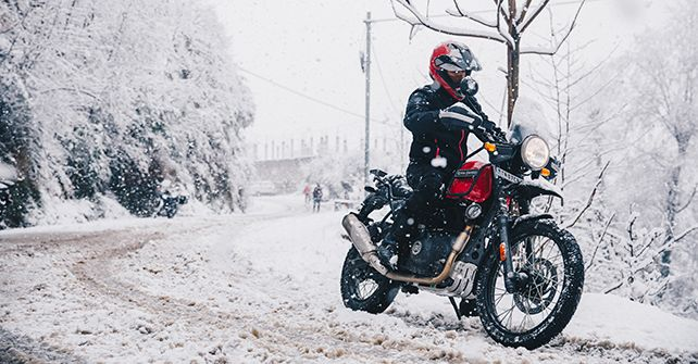 Royal Enfield Himalayan Bs Vi Launced Dual Tone Red