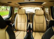 kia carnival image second row seats
