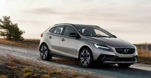 2017 Volvo V40 Cross Country Facelift Launch M