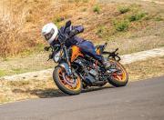 KTM 200 Duke image 4