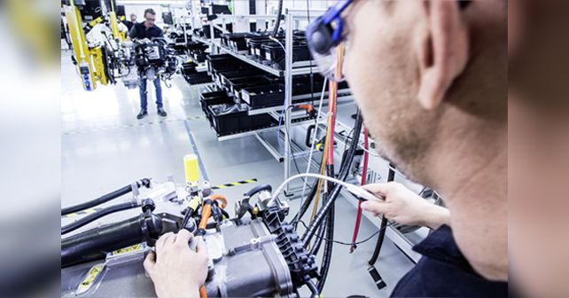 Fuel Cell Assembly Line Daimler