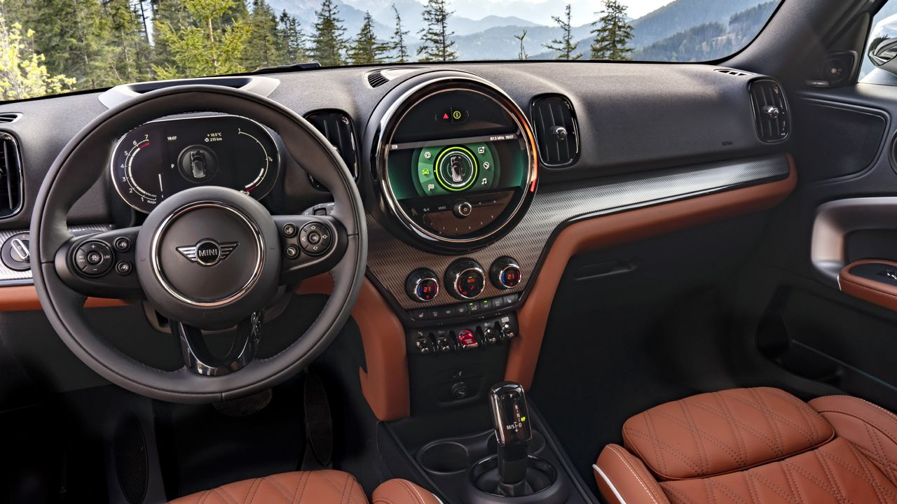 MINI Countryman updated for 2020 - autoX