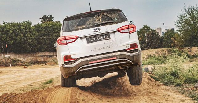 Mahindra Alturas Off Road