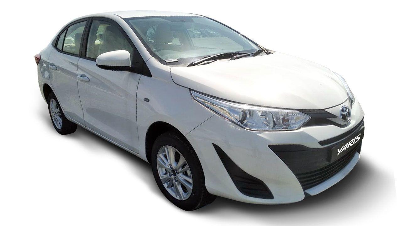 Toyota Yaris J