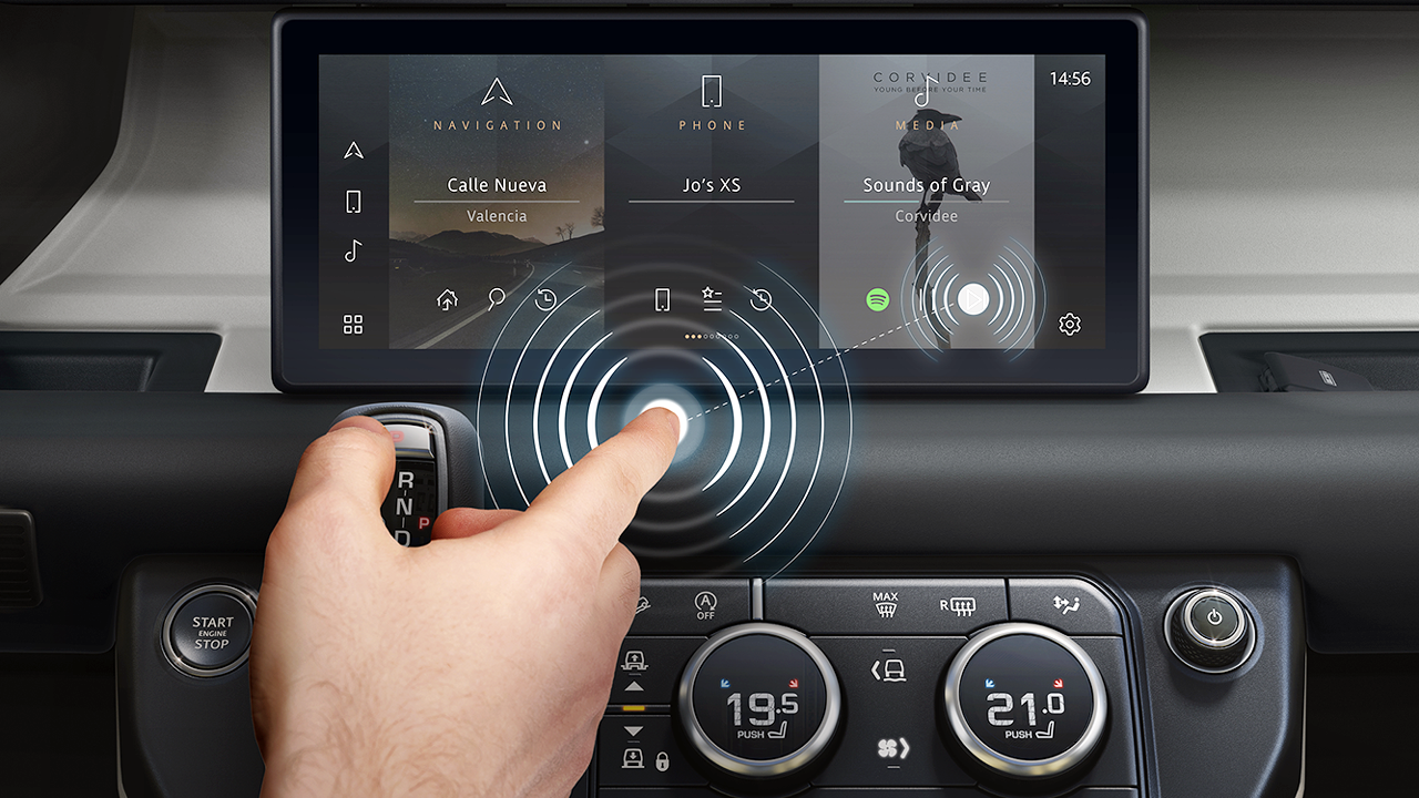 JLR Contactless Touchscreen With Predictive Touch