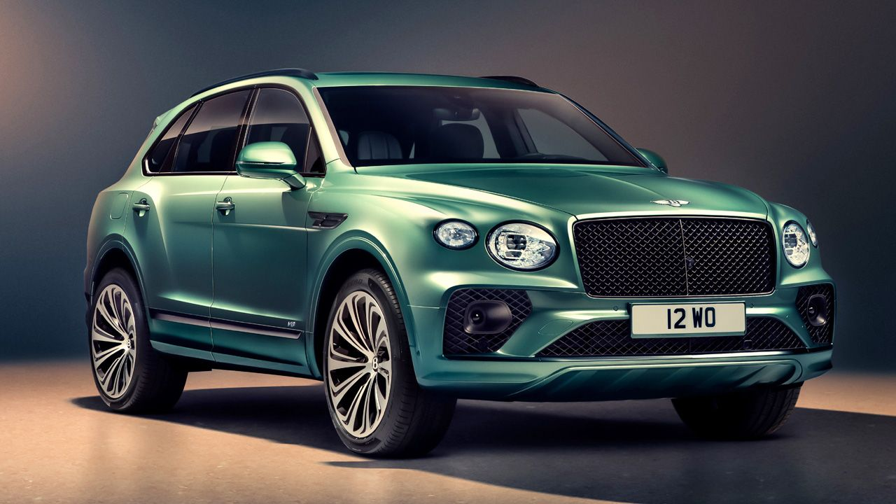 2021 Bentley Bentayga Alpine Green