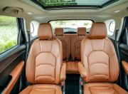 mg hector plus seat space1