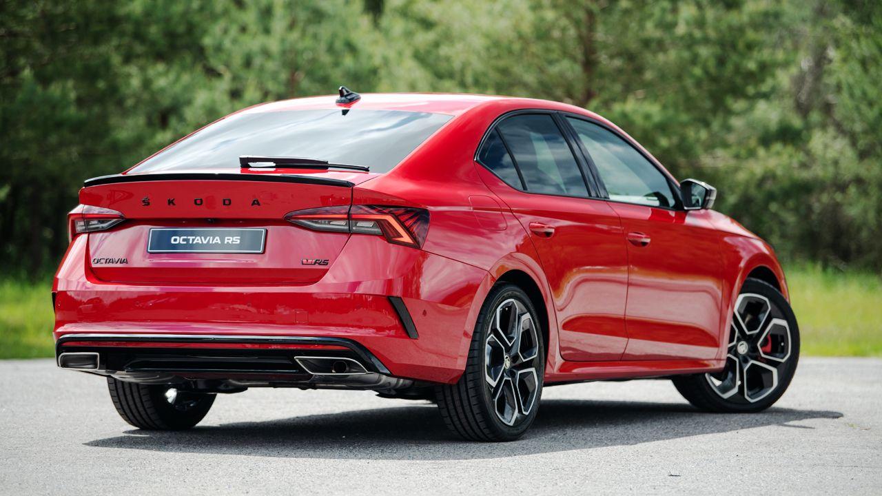 2021 Skoda Octavia RS gets new petrol & diesel variants ...