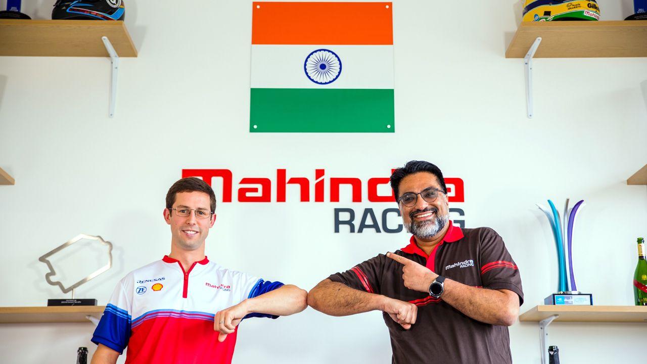 Alexander Sims and Mahindra Racing Team Principal Dilbagh Gill