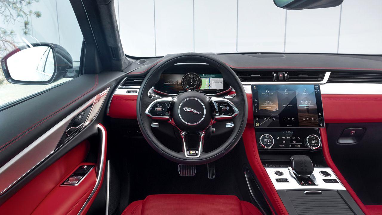 2021 Jaguar F PACE Dashboard