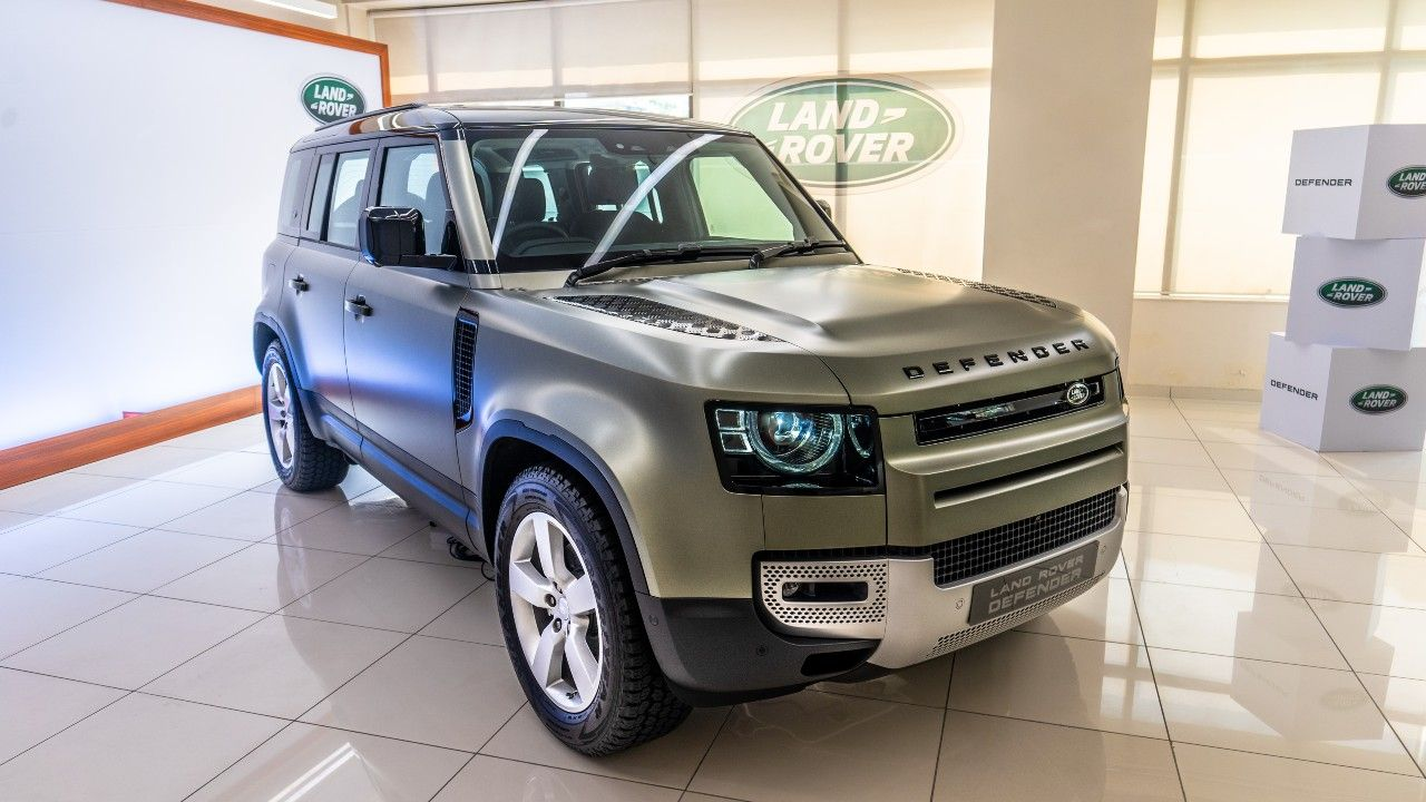 Land Rover Defender 110 Preview Front Three Quarter