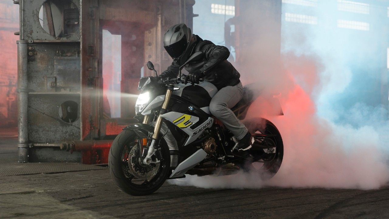 2021 Bmw S 1000 R Unveiled